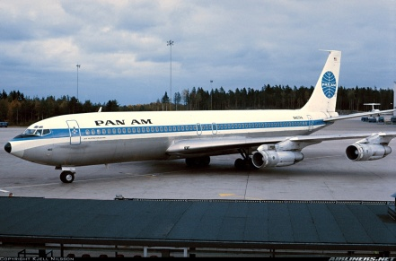 Boeing 707 start of mass travel for the airline industry